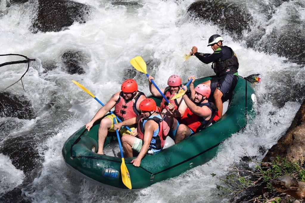 Colorado River Rafting – CLASS II~III