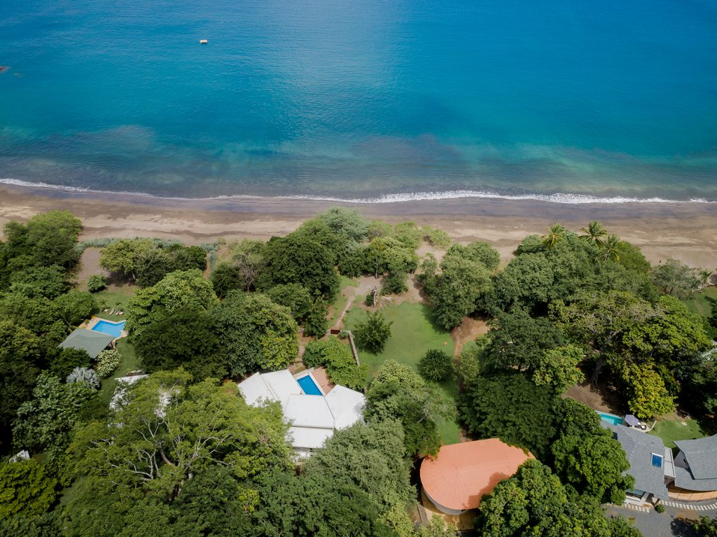 Casa Vista Verde. Playas del Coco 4 bedroom Beachfront House