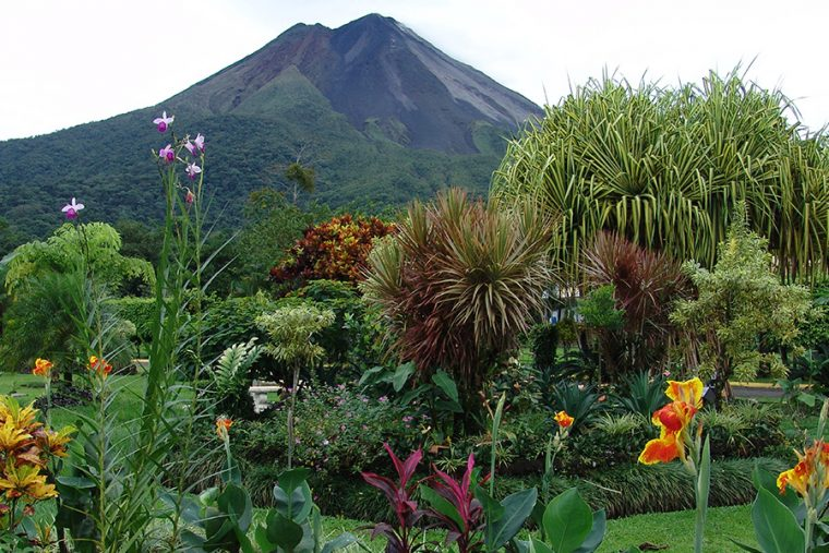 Best ways to visit Arenal Volcano Costa Rica
